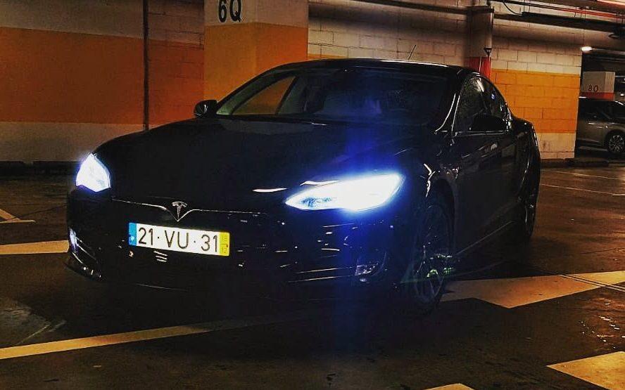 Análise Tesla Model S