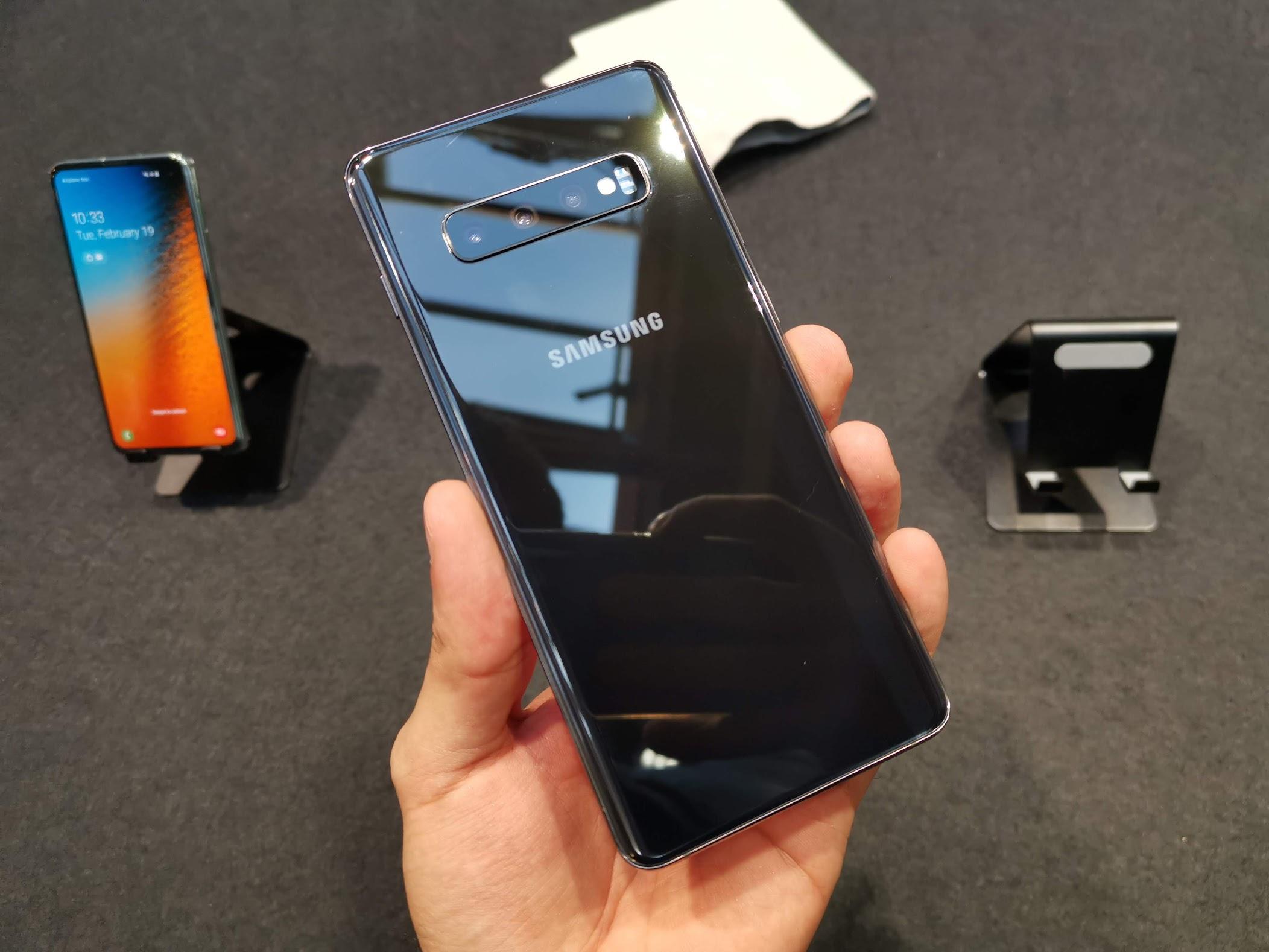 Samsung Galaxy S10 com 12GB