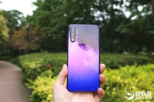 Unboxing ao Huawei Nova 5