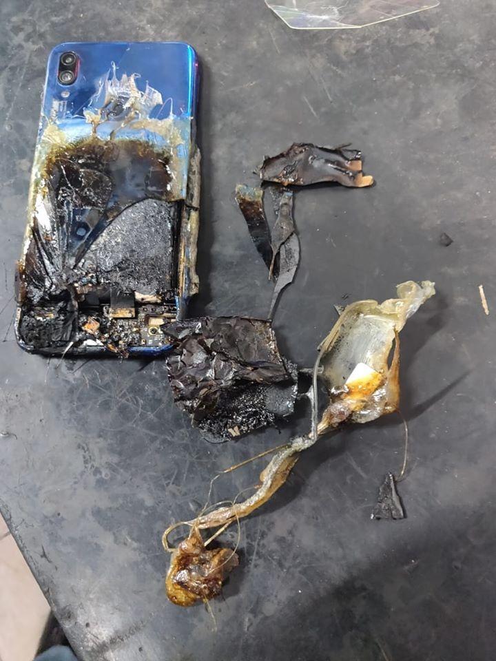 Redmi Note 7S explode