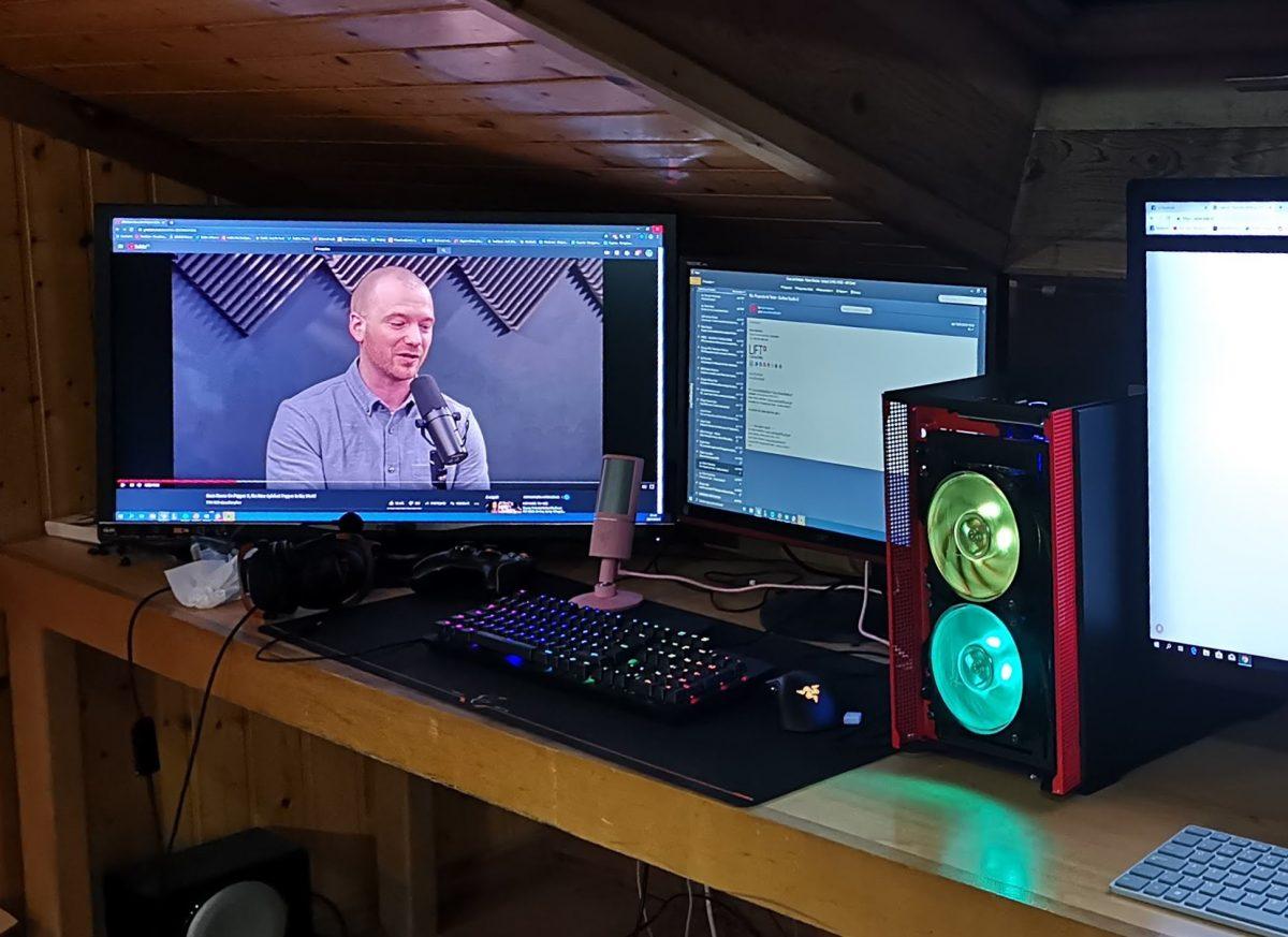QLED Gaming CRG9