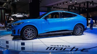 Novo Ford Mustang Mach-E foi adiado para 2021