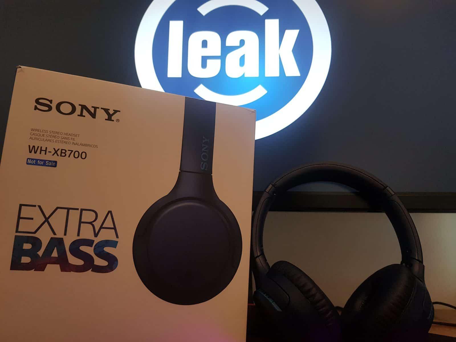 Sony WB-XB700
