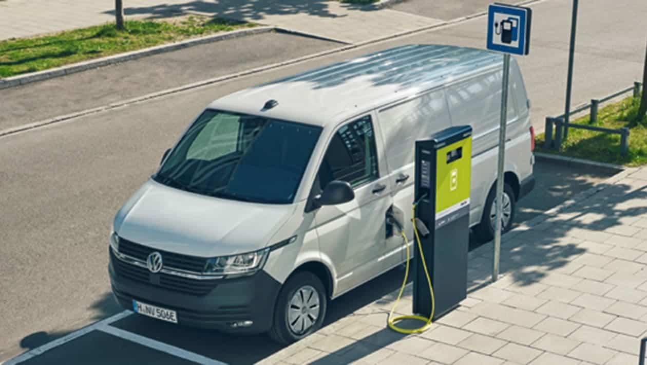 Volkswagen ABT e-Transporter-3